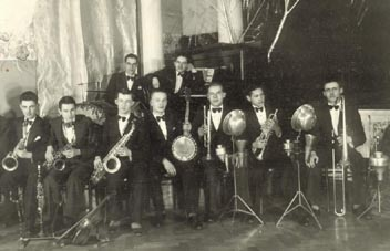 Первый состав оркестра. Харбин, 1934 г.