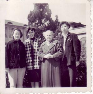 Нина Алексеевна и её мама Вера Васильевна Замотаева