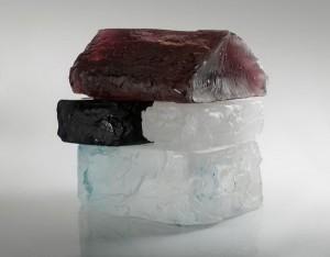 """В Twocities gallery проходит выставка современного «стеклянного» искусства под названием """"Young glass"""""""