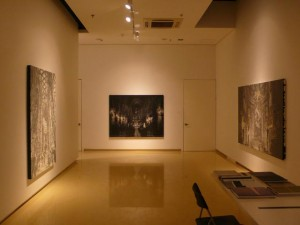 В Wellside Gallery открылась персональная выставка корейского художника Jeong Jinyon – «Divinity Chamber»