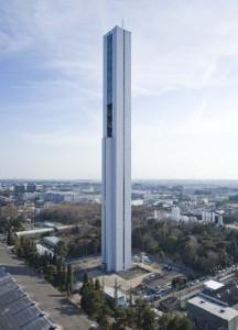 На шанхайцах испытают самый быстрый лифт