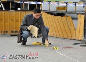 В Шанхае застрелен преступник смертельно ранивший заложницу