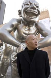 Выставка знаменитого китайского художника Yue Minjun в Shanghai Gallery of Art